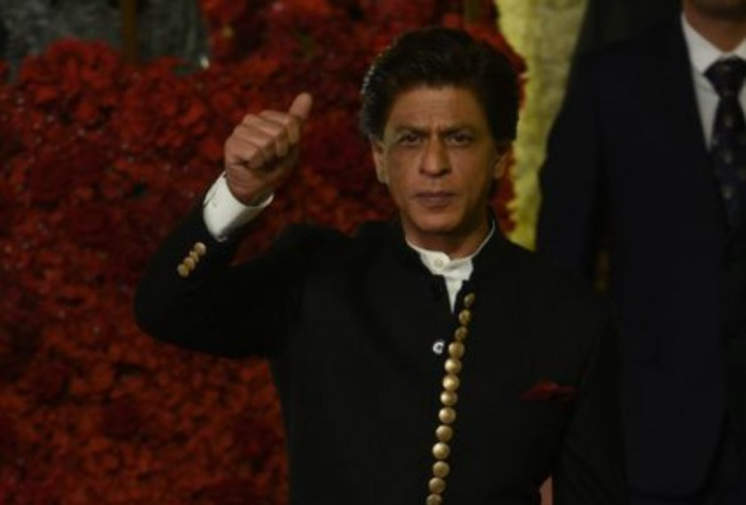 Why Is Bollywood So Afraid Of Supporting Shah Rukh Khan ?