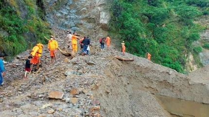 Uttarakhand-Himachal: Indian Army, ITBP Find Two More Trekkers' Bodies, Five Others Airlifted