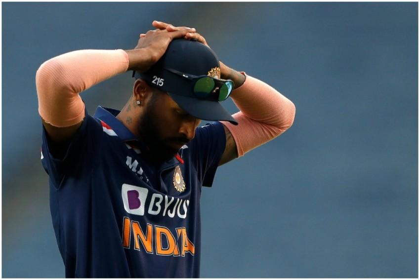 T20 World Cup: Hardik Pandya Injures Shoulder, Sent For Precautionary Scans