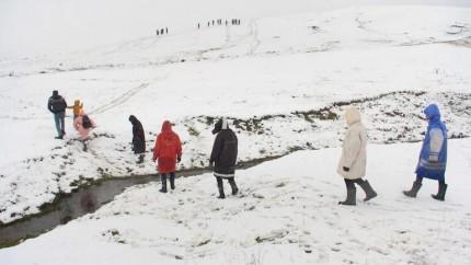 J&K: Police Finds Villagers Lost In Snow In Shopian
