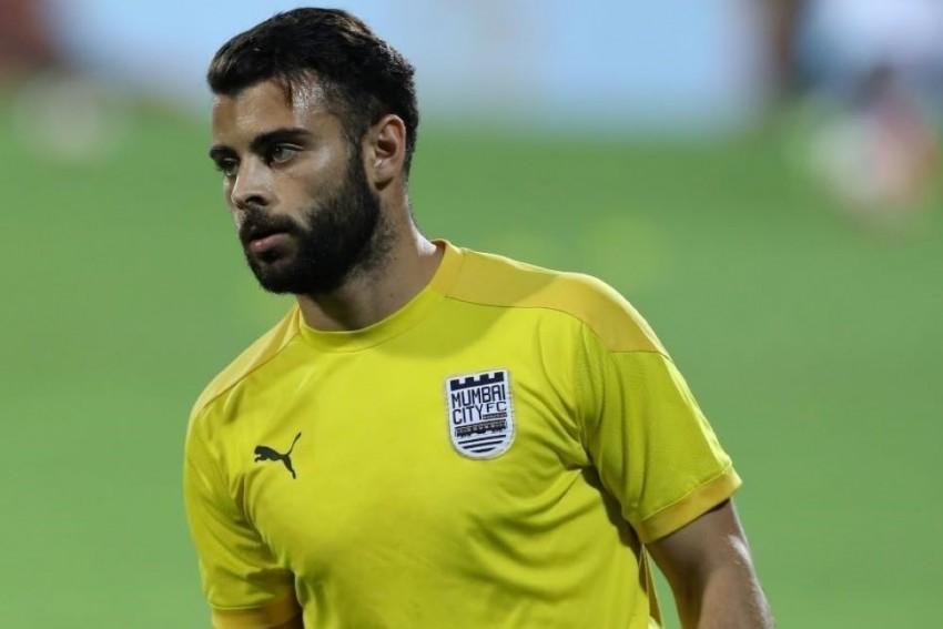ISL: AIFF Issues Show Cause Notice To Mumbai City's Hugo Boumous