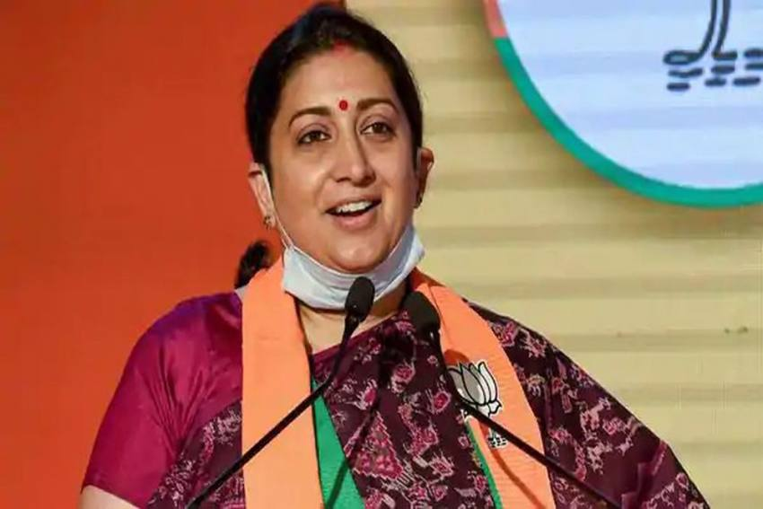 Women Helpline Registered Over 2.47 Lakh Calls From April To June In 2020: Smriti Irani