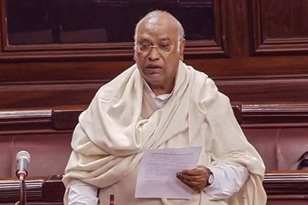 Mallikarjun Kharge Likely To Replace Ghulam Nabi Azad: Congress Sources