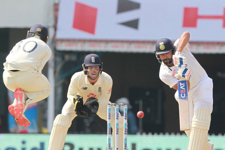IND Vs ENG, 2nd Test: Rohit Sharma Smashes Unbeaten 80 In India's 106/3 At Lunch On Day 1