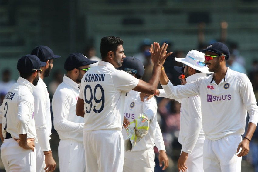 IND Vs ENG, 2nd Test: Indian Spinners Demolish England, Level Series 1-1 - Match Report