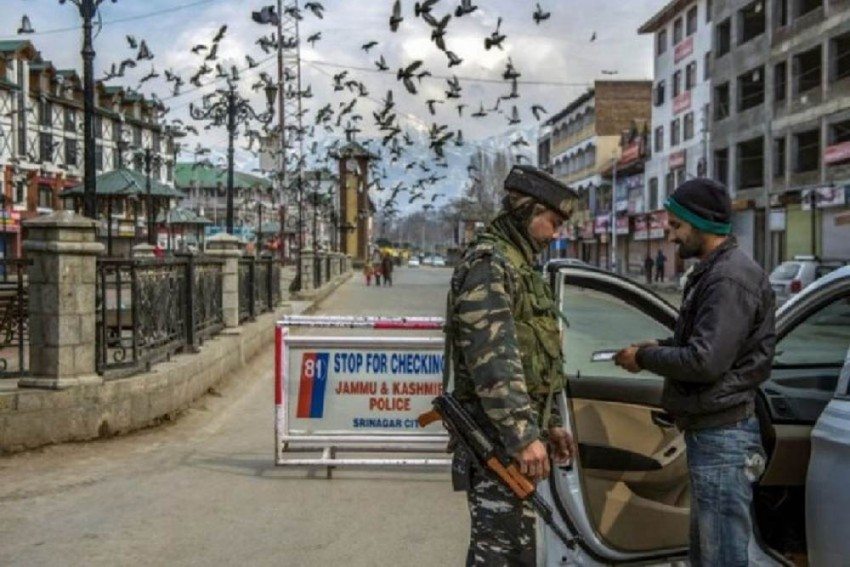 Police Action Against Scribes In J&K Has Created An Atmosphere Of Fear Amongst Local Media: Report