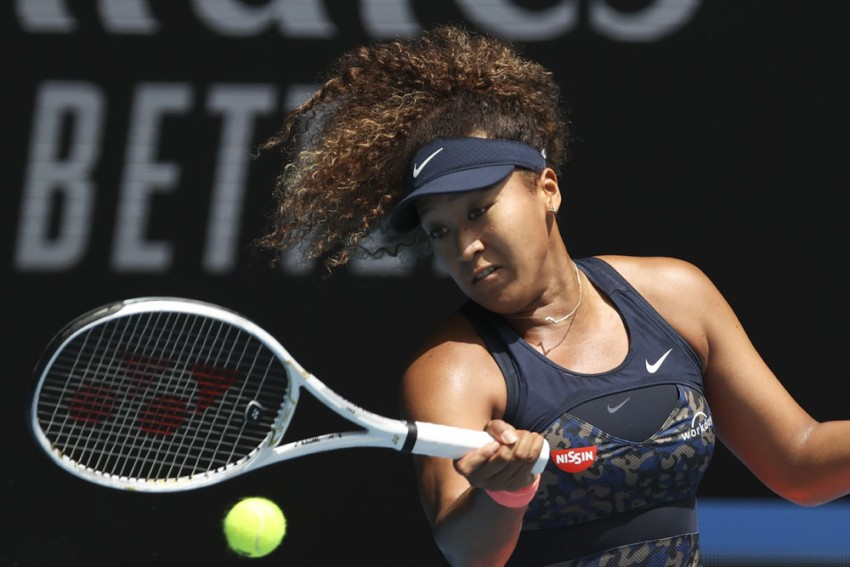 Australian Open: Naomi Osaka Overpowers Hsieh Su-wei En Route To Semis