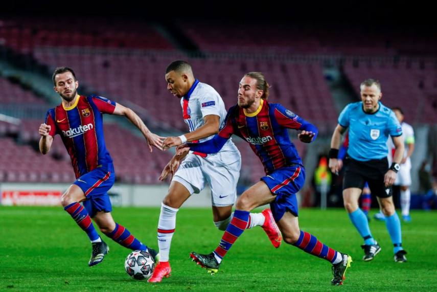 Barcelona 1 4 Paris Saint Germain Mbappe Hat Trick Leaves Barca Requiring Another Remontada