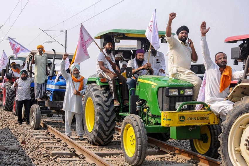 Farmers' Protest: Amid 'Rail Roko' Call, Railway Deploys Extra Forces Across Country