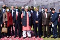 J-K Governor Meets Foreign Envoys, Seeks Support Of Global Community In Shaping UT's Future