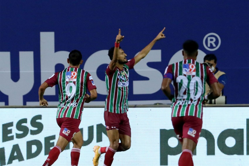 ISL 2020-21: ATK Mohun Bagan Avoid Shock Defeat Against 10-man Hyderabad FC - Match Report