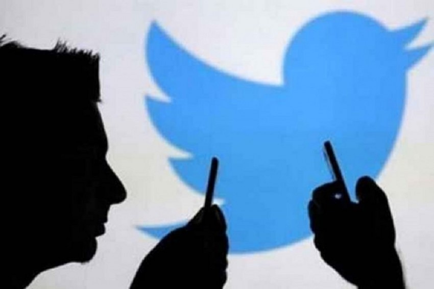FIR Against 8 Twitter Handles For Misleading, Fake News In Unnao Case