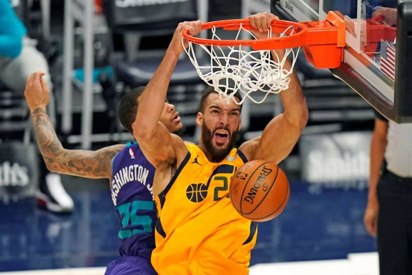 NBA: Jazz Power To Franchise-record 28 Threes, Wizards Condemn Lakers To Third Straight Loss
