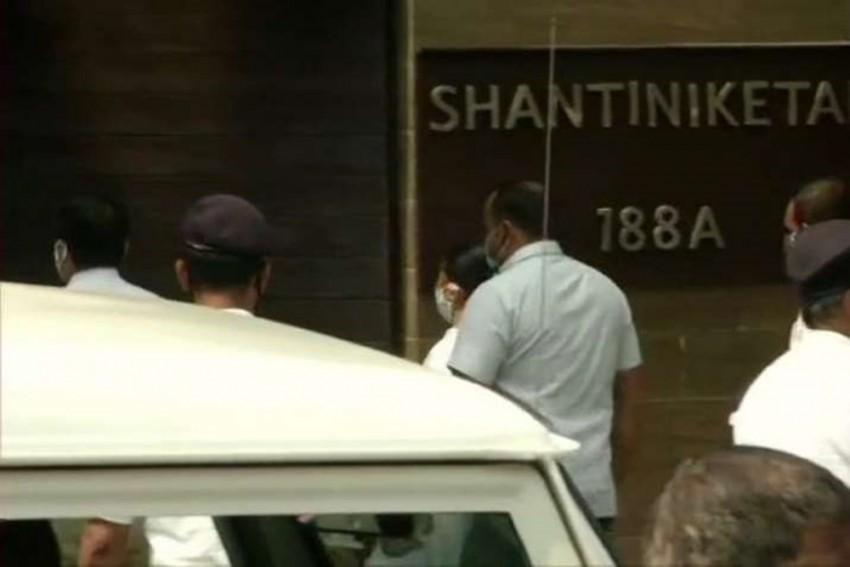 CBI Set To grill Abhishek Banerjee's Wife Rujira; Mamata Reaches Nephew's Home