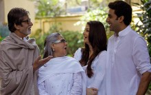 Big B Reveals Plans Of Bachchans, Says Family 'Busy On Sets'