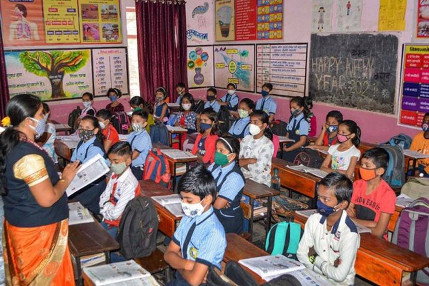 No Offline Exams Up to Class 8 In Delhi Govt Schools, Assessment To Be Project-Based