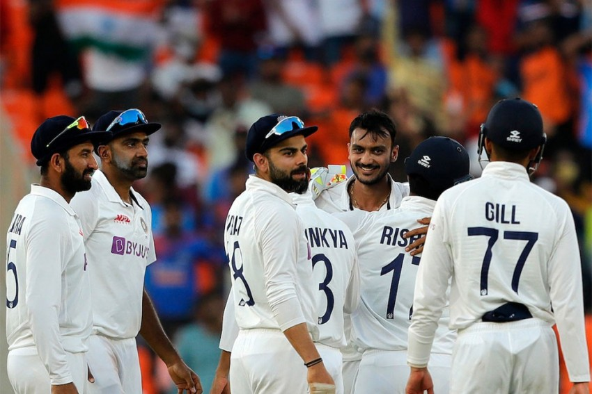 IND Vs ENG, 3rd Test: Spinners' Day Out As India Need 49 To Win On Day 2 - Dinner Report