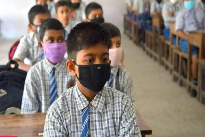 232 Students, Staff Test Covid Positive, Maharashtra School Declared Containment Zone