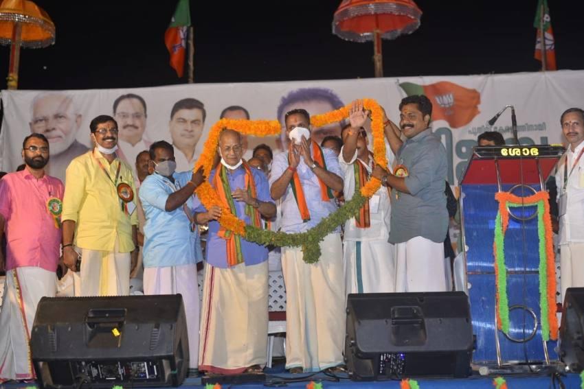 'Metro Man' Sreedharan Formally Joins BJP In Kerala