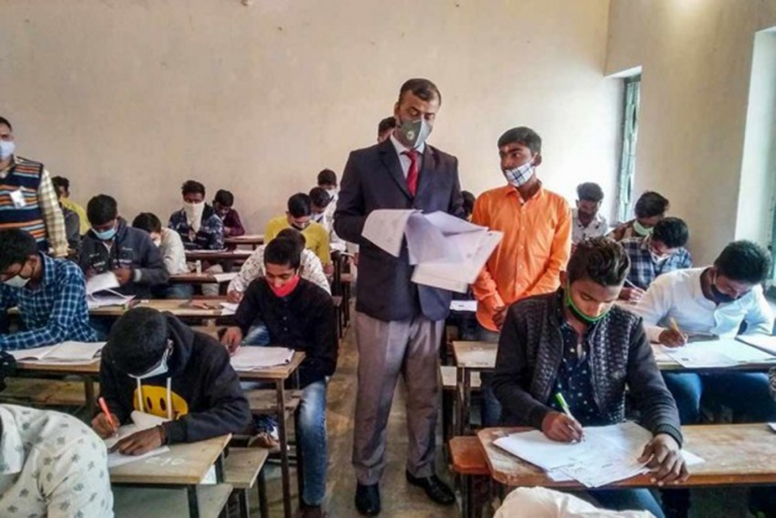 Maharashtra: State Board Exams For Classes 10, 12 To Be Held From April 23-May 21