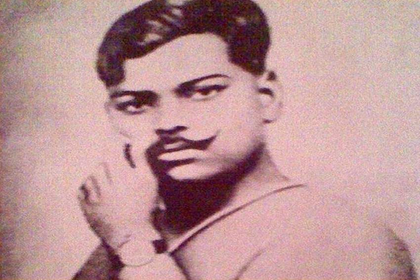 Here's How Freedom Fighter Chandra Shekhar Gained The Title 'Azad'