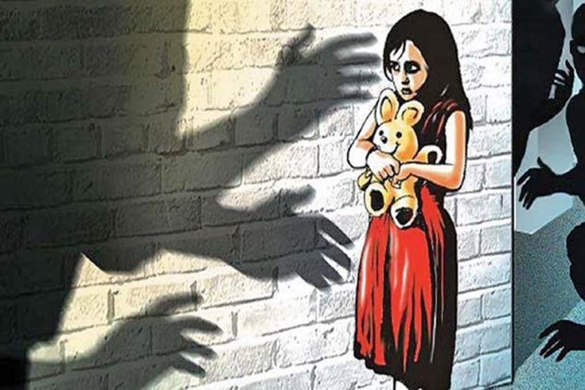 Touching Child's Cheek Without Sexual Intent Not Offence: POCSO Court