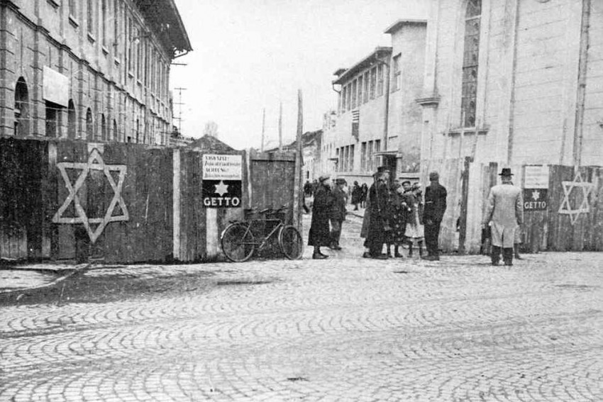 Once A Nazi Camp Secretary, 95-Year-Old Woman In Germany Faces Charges Of 10,000 Murders