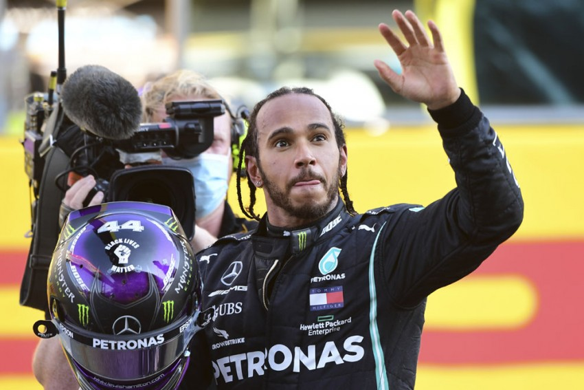 F1 Champion Lewis Hamilton Signs Mercedes Contract For 2021