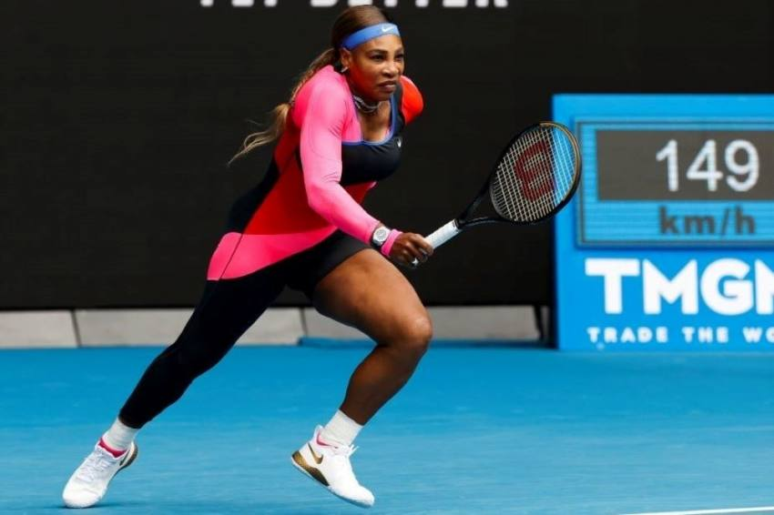 Australian Open: Serena Williams Begins Record Bid With Dominant Win Over Laura Siegemund
