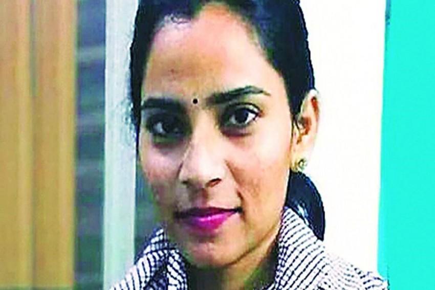 Who Is Nodeep Kaur And Why Is Meena Harris Demanding Her Release