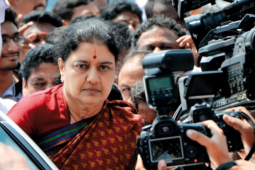 Sasikala Returns To A Rousing Welcome In Tamil Nadu, Can She Lay Claim To Jayalalithaa's Legacy?