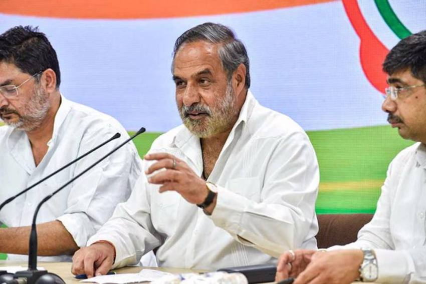 Cong Leader Anand Sharma Frowns On Party's Decision To Tie Up With ISF In Bengal