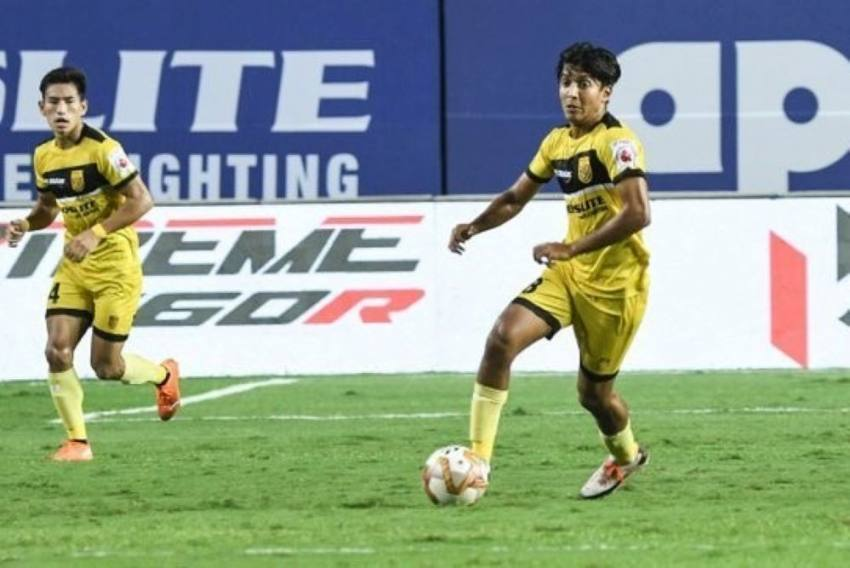 ISL: Hitesh Sharma Signs Two-year Extension With Hyderabad FC