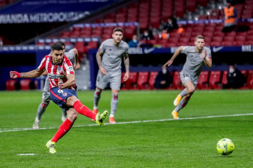 Atletico Madrid 2-1 Athletic Bilbao: La Liga Leaders Recover To Go Six Points Clear Of Barcelona