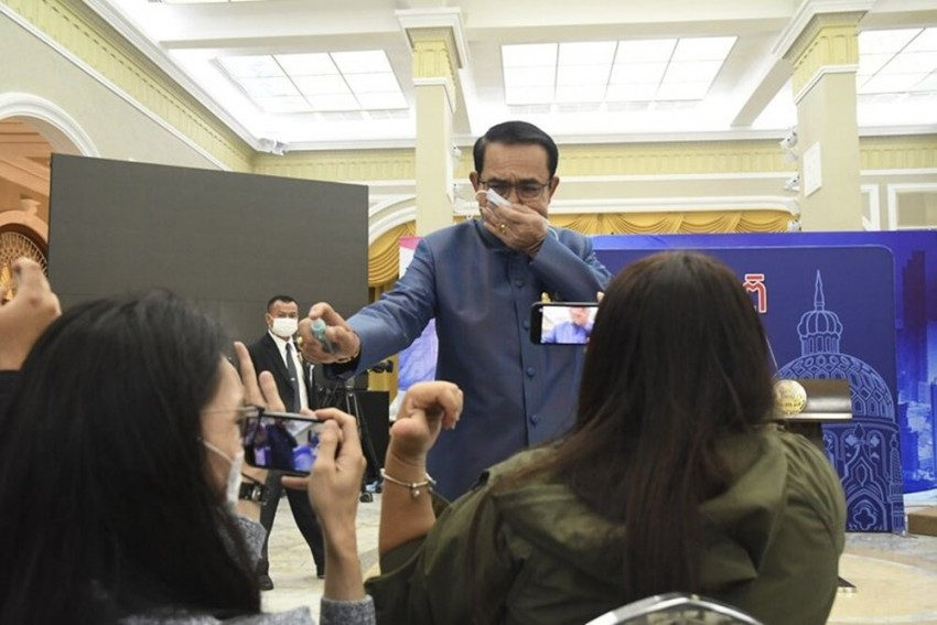 Riled By Questions, Thai PM Sprays Sanitizer On Journalists, Video Goes Viral