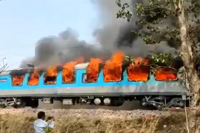 Watch: Dehradun-Delhi Shatabdi Express Coach Catches Fire; No Passengers Hurt