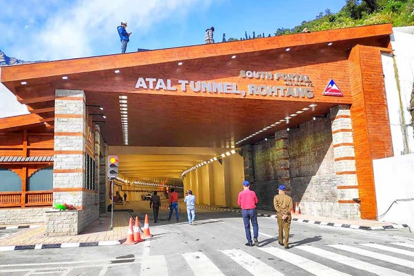 Yet Another Record At Atal Rohtang Tunnel, 3,950 Vehicles Pass Through On A Single Day
