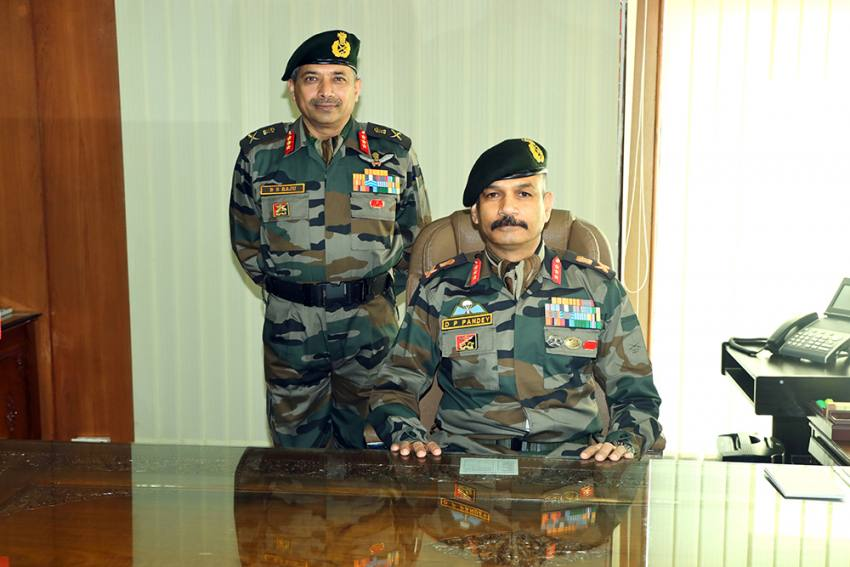 Lt Gen DP Pandey Takes Command Of 15 Corps