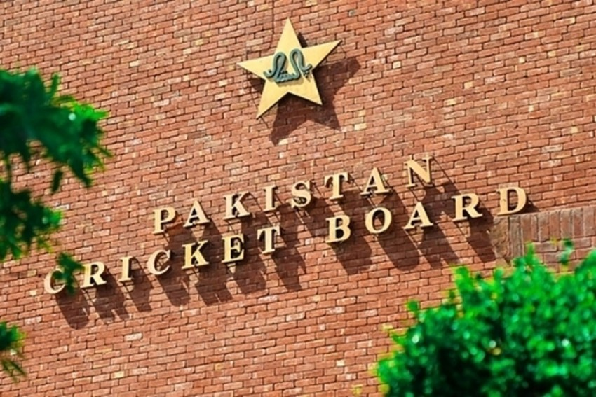 South Africa-bound Pakistan Cricketer Tests Positive For COVID-19