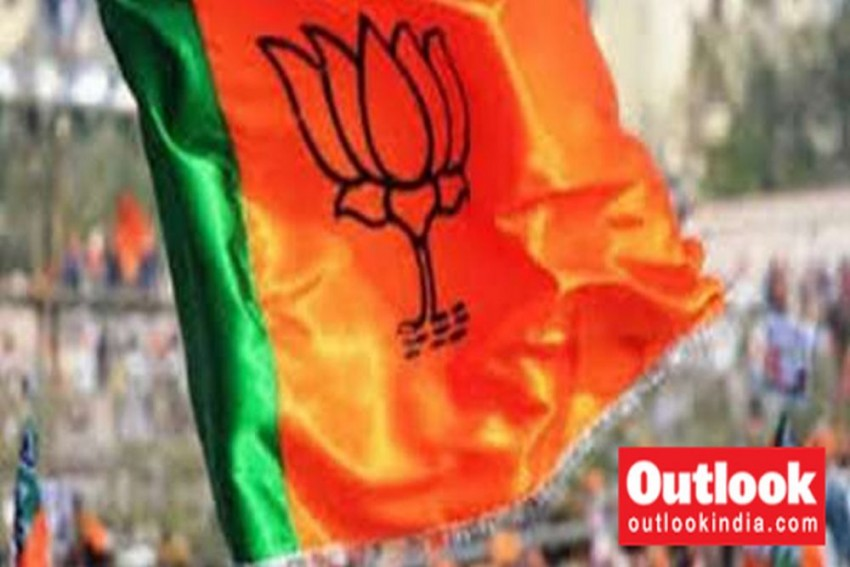 Facepalm Moment For BJP As Two Bengal Candidates Refuse To Contest