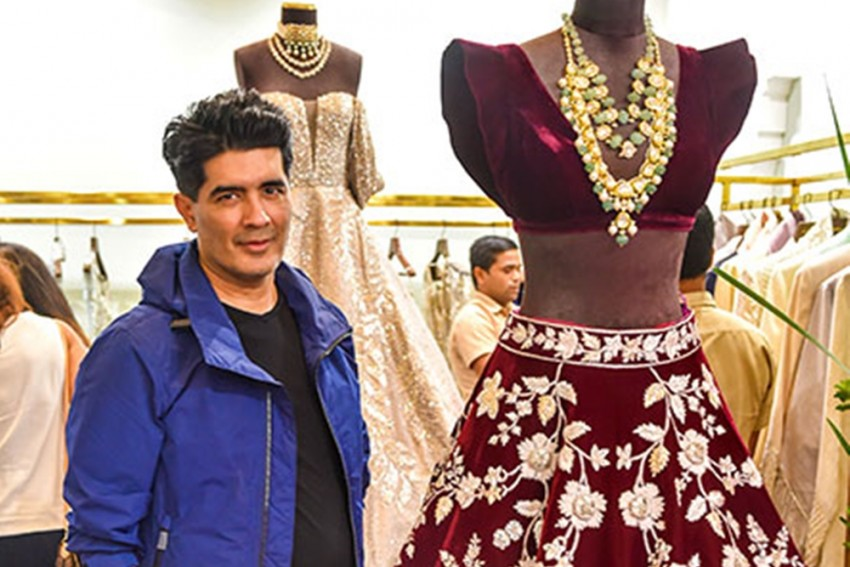 Manish Malhotra's Collection Is A Journey Of Classic Aesthetics To Dynamic New-Age Look