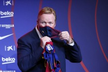 Ronald Koeman Implores Barcelona To 'Focus On The Football'