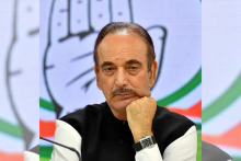 Congress Stages Two Protests In Jammu — One Against Ghulam Nabi Azad, Another In Favour Of Him