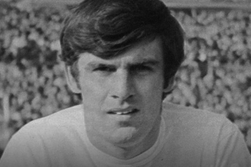 'Legend' Peter Lorimer Dies: 'Another Huge Hole In The Leeds United Family'