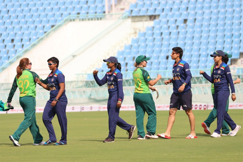 IND W Vs SA W, 2nd T20: South Africa Beat India Women By 6 Wickets, Clinch Series - Highlights