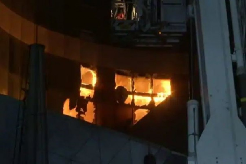 Mumbai: 2 Dead, Over 70 Covid Patients Evacuated As Fire Breaks Out At Hospital
