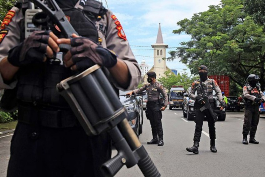 Indonesia: Suicide Bomber Attacks Church On Sulawesi Island; Nine Injured