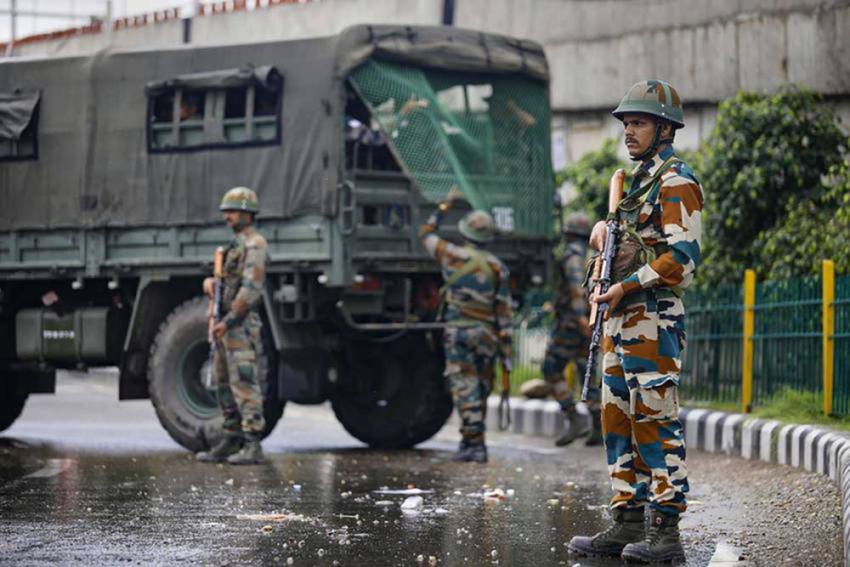 J&K: Militant Attack At Municipal Office In Sopore Leaves Councillor, Constable Dead