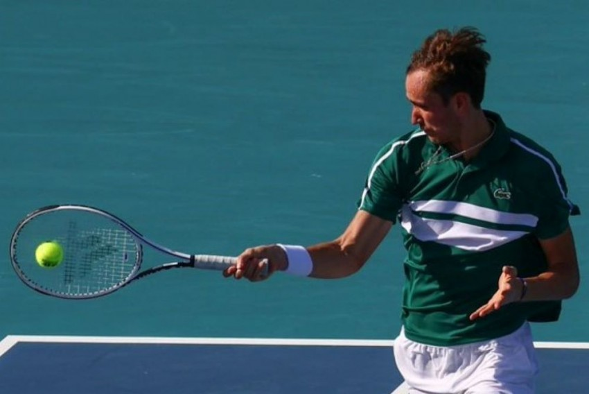 Daniil Medvedev Leads The Way As Stefanos Tsitsipas & Andrey Rublev Progress At Miami Open