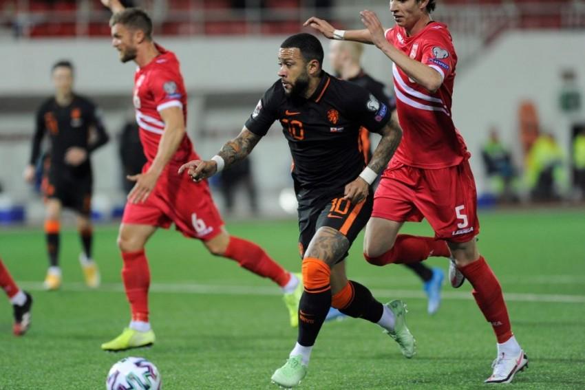Frank De Boer Accuses Gibraltar Of